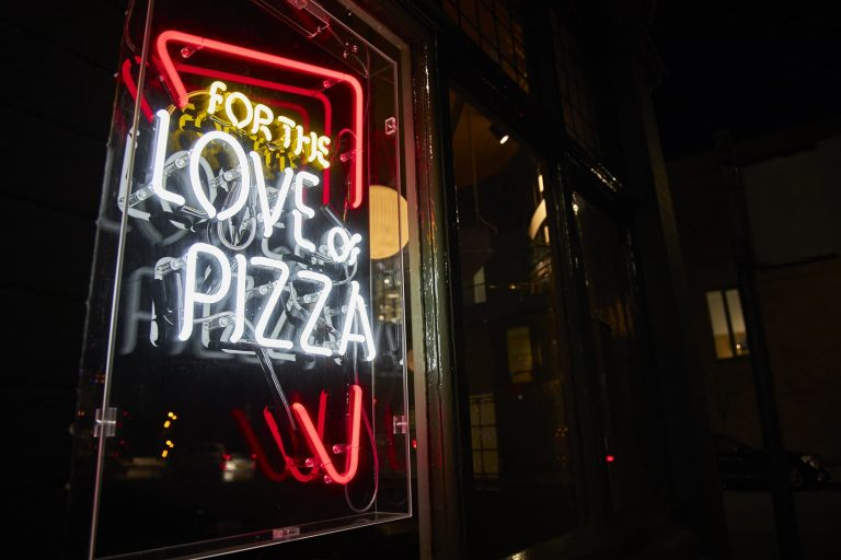 Frontier Pubs - Craft Beer - Live Sport - For the Love of Pizza